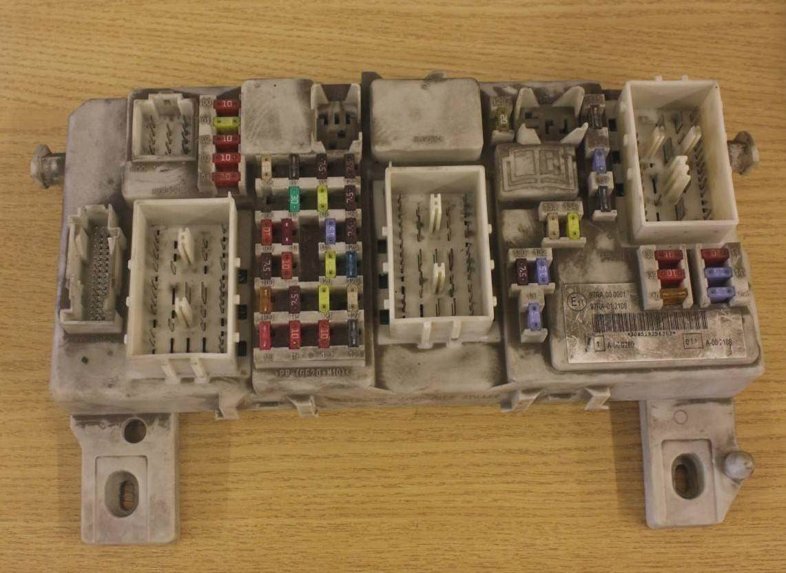 Ford Focus Fuse Box